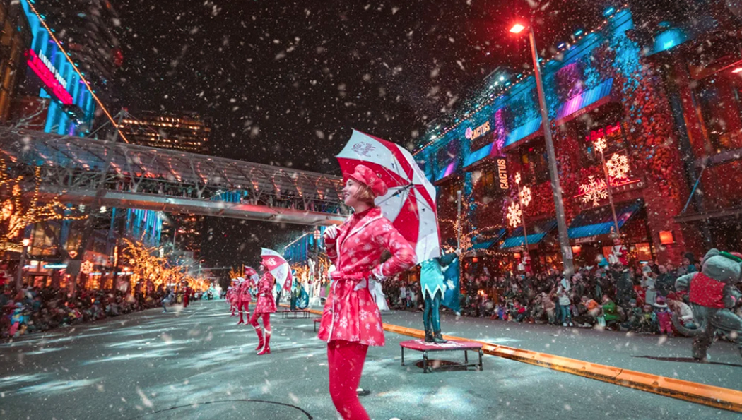 Bellevue Snowflake Lane - Photo by Bellevue Collection